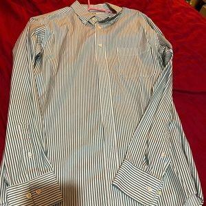 Men's Uniqlo button down shirt